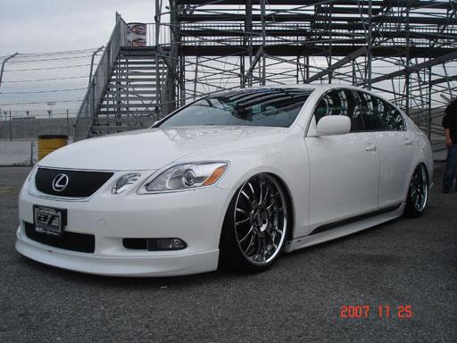 Lexus GS white